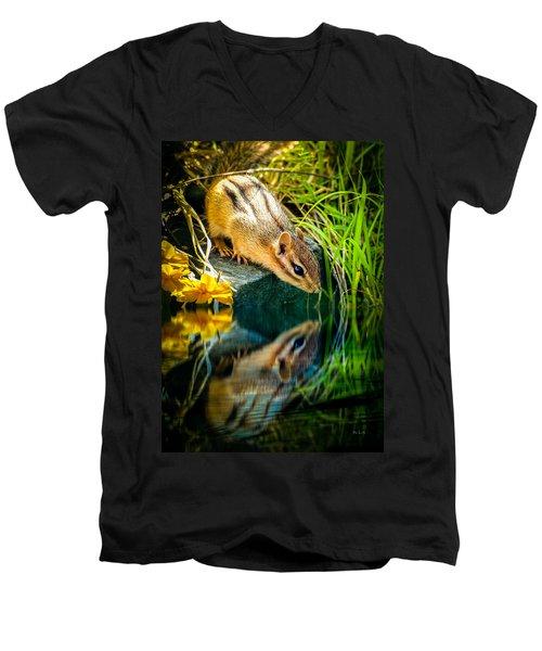 Chipmunk Reflection Men's V-Neck T-Shirt