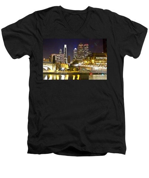 City Alive Men's V-Neck T-Shirt