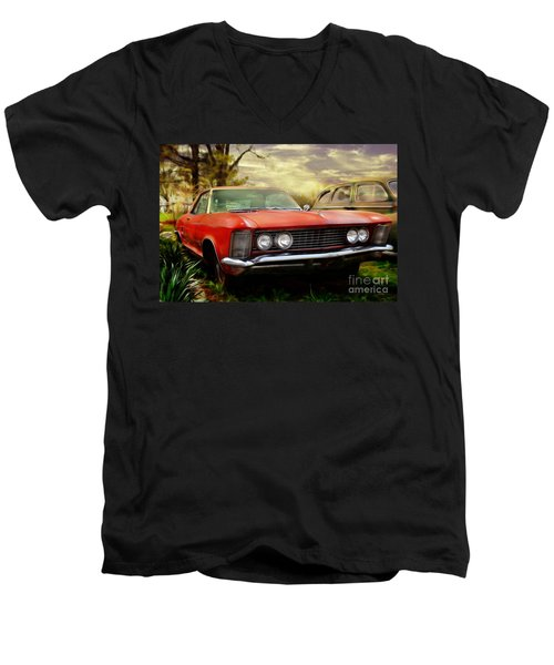 Men's V-Neck T-Shirt featuring the photograph Classic by Liane Wright