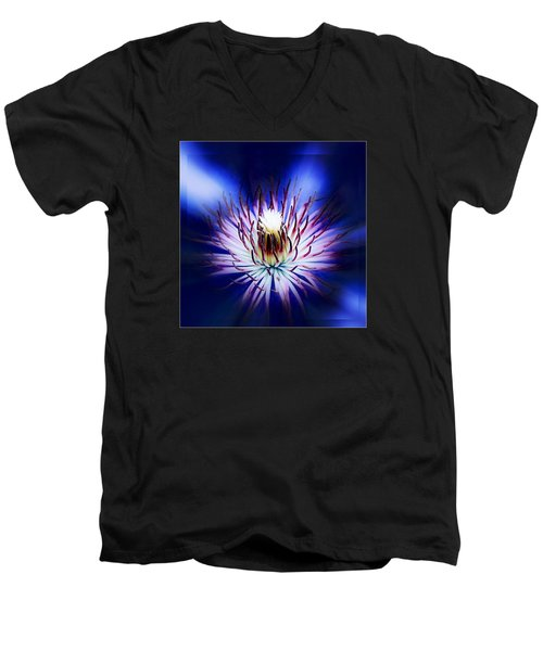 Men's V-Neck T-Shirt featuring the photograph Clemantis Center by Nick Kloepping
