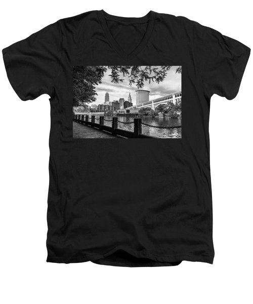 Cleveland River Cityscape Men's V-Neck T-Shirt