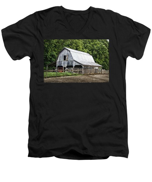 Clubhouse Road Barn Men's V-Neck T-Shirt