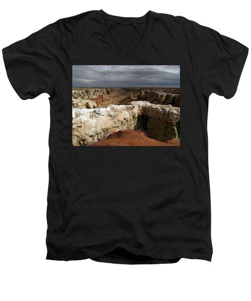 Men's V-Neck T-Shirt featuring the photograph Coal Mine Mesa 08 by Jeff Brunton