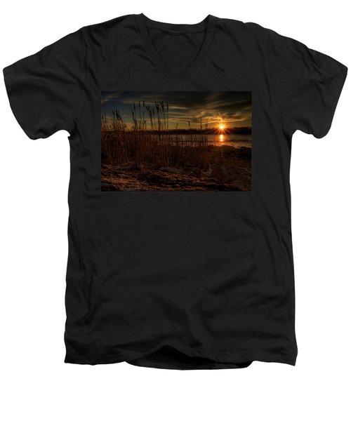 Cold Winter Sunset Men's V-Neck T-Shirt
