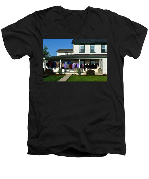 Colorful Amish Laundry On Porch Men's V-Neck T-Shirt