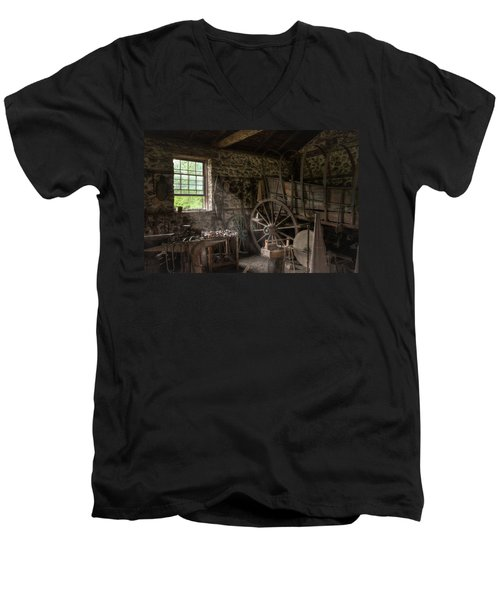 Men's V-Neck T-Shirt featuring the photograph Conestoga Wagon At The Blacksmith - Wagon Repair by Gary Heller