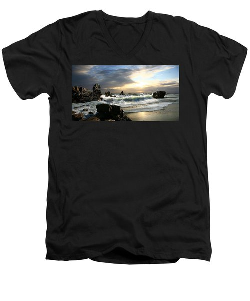 Corona De Oro Men's V-Neck T-Shirt