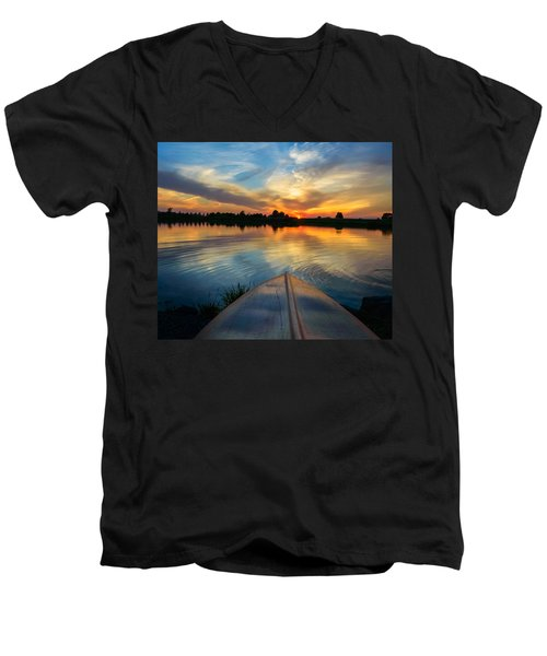Cottage Country's Silhouette Men's V-Neck T-Shirt