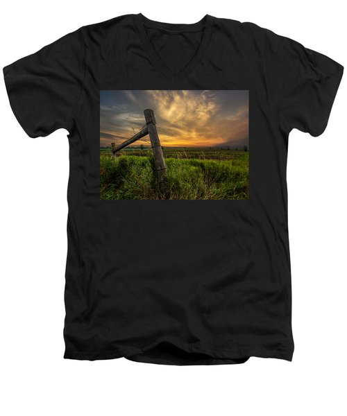 Country Sunrise Men's V-Neck T-Shirt