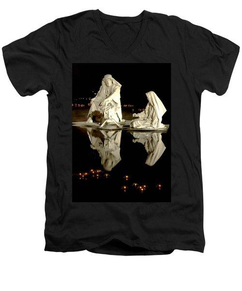 Creche Men's V-Neck T-Shirt