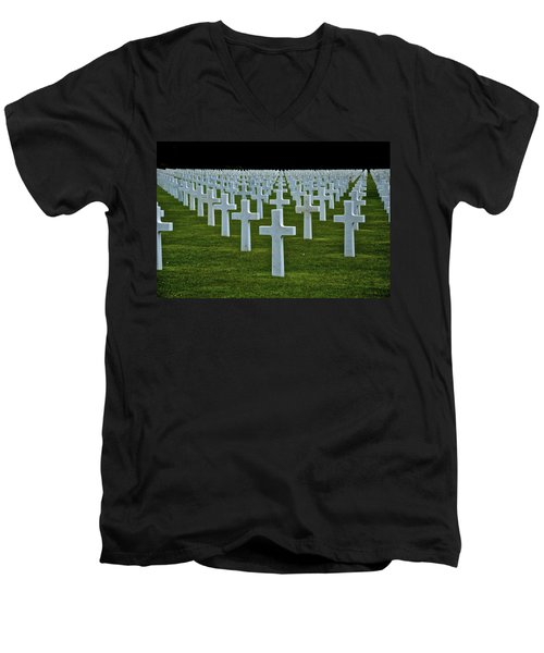 D-day's Price Men's V-Neck T-Shirt