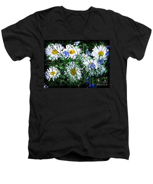 Daisies With Blue Flax And Bee Men's V-Neck T-Shirt