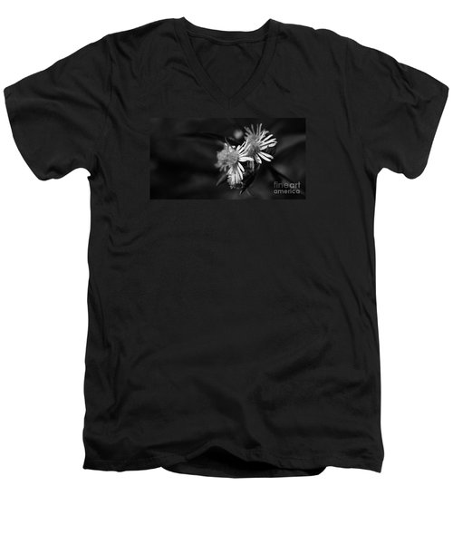 Men's V-Neck T-Shirt featuring the photograph Dames En Noir by Linda Shafer
