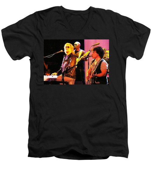 Daryl Hall And Oates In Concert Men's V-Neck T-Shirt
