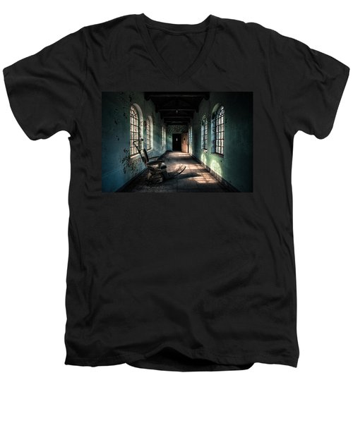 Men's V-Neck T-Shirt featuring the photograph Dentists Chair In The Corridor by Gary Heller