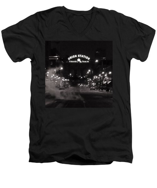 Denver Union Station Square Image Men's V-Neck T-Shirt