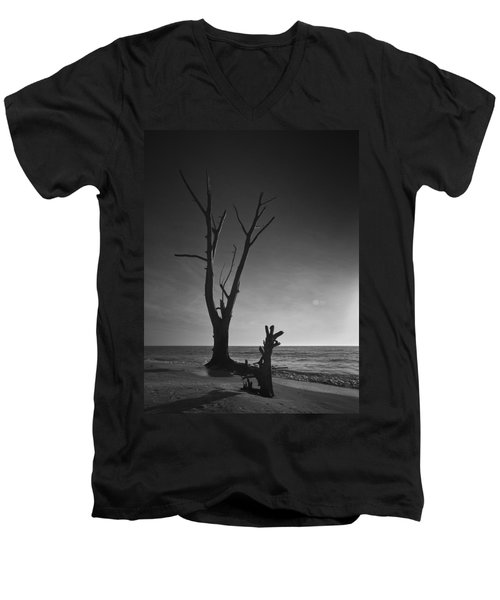 Deserted Beach Sunset Men's V-Neck T-Shirt
