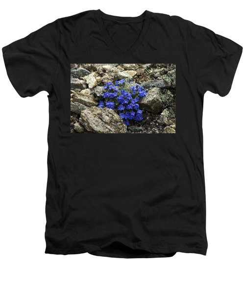 Men's V-Neck T-Shirt featuring the photograph Determination by Jeremy Rhoades