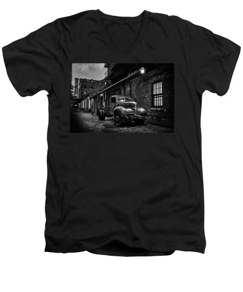 Distillery District Toronto Mono Men's V-Neck T-Shirt