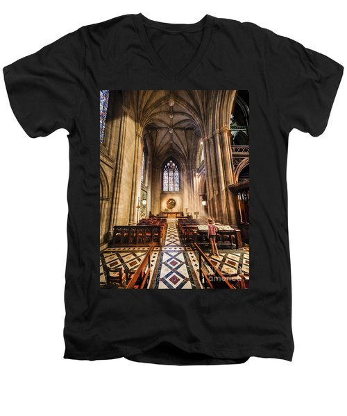 Divine Light Men's V-Neck T-Shirt