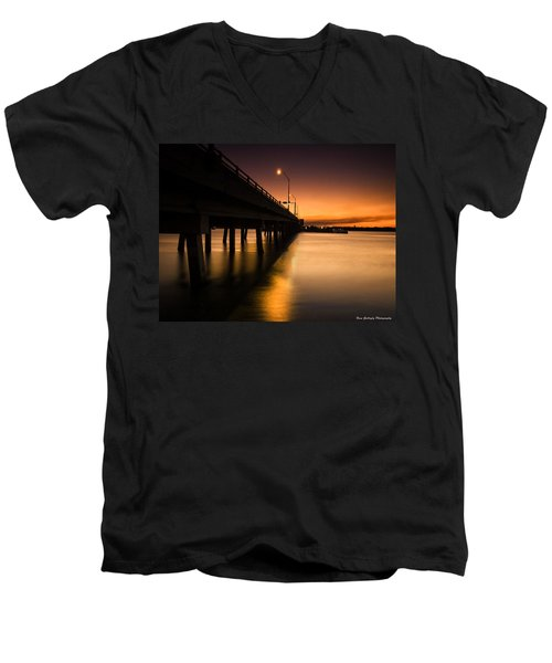 Drawbridge At Sunset Men's V-Neck T-Shirt