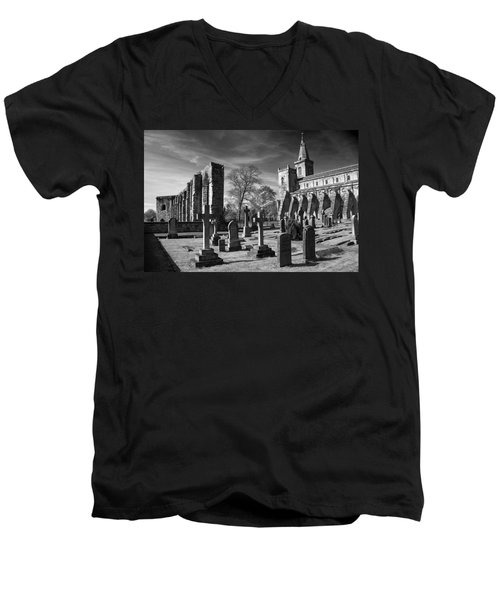 Dunfermline Palace And Abbey Men's V-Neck T-Shirt