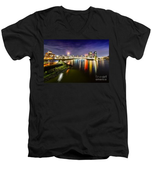 Dusseldorf Media Harbor Skyline Men's V-Neck T-Shirt