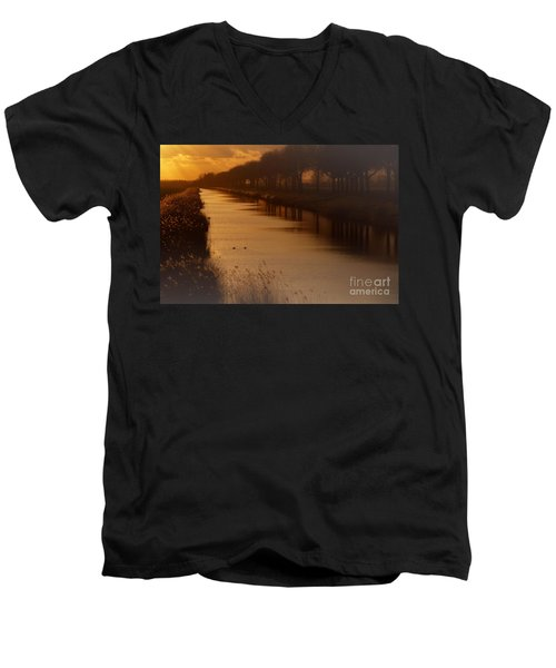 Dutch Landscape Men's V-Neck T-Shirt