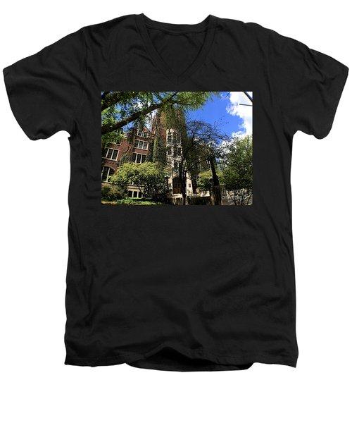 Edifice Men's V-Neck T-Shirt