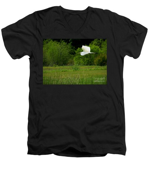 Egret's Flight Men's V-Neck T-Shirt