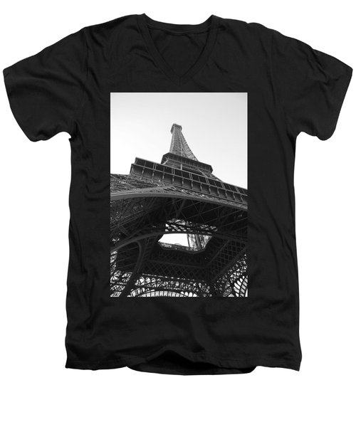 Eiffel Tower B/w Men's V-Neck T-Shirt