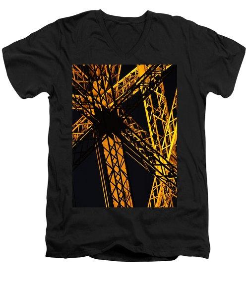 Eiffel Tower Detail Men's V-Neck T-Shirt