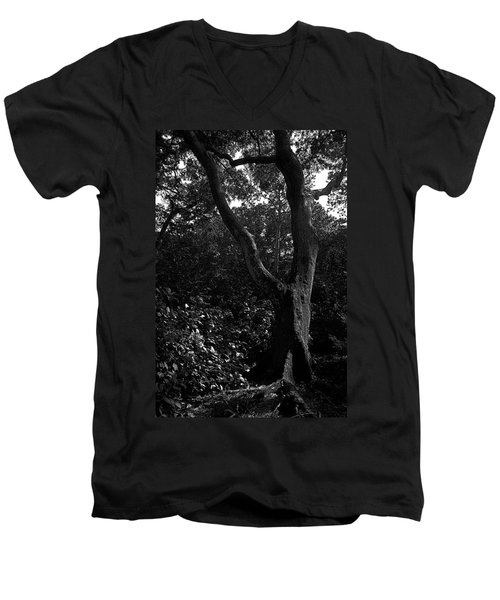 Men's V-Neck T-Shirt featuring the photograph Elizabethan Gardens Tree In B And W by Greg Reed