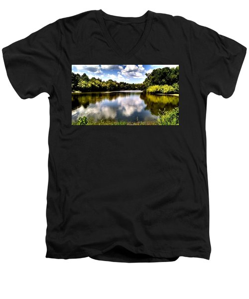 Men's V-Neck T-Shirt featuring the photograph Elk Creek Tennessee by Chris Tarpening