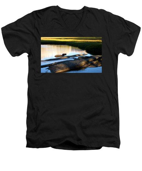 Contemplating Sunset Men's V-Neck T-Shirt