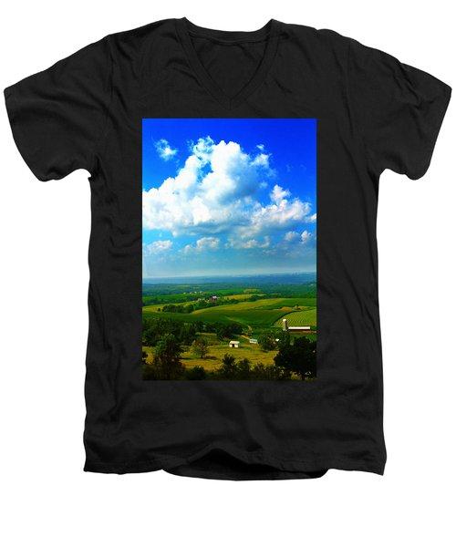 Eyes Over Farmland Men's V-Neck T-Shirt