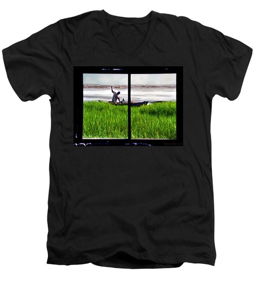 Fisherman Window Framed Men's V-Neck T-Shirt
