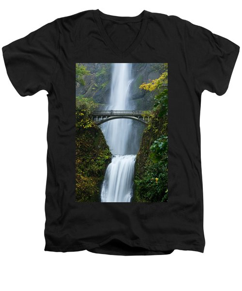 Fall At Multnomah Falls Men's V-Neck T-Shirt