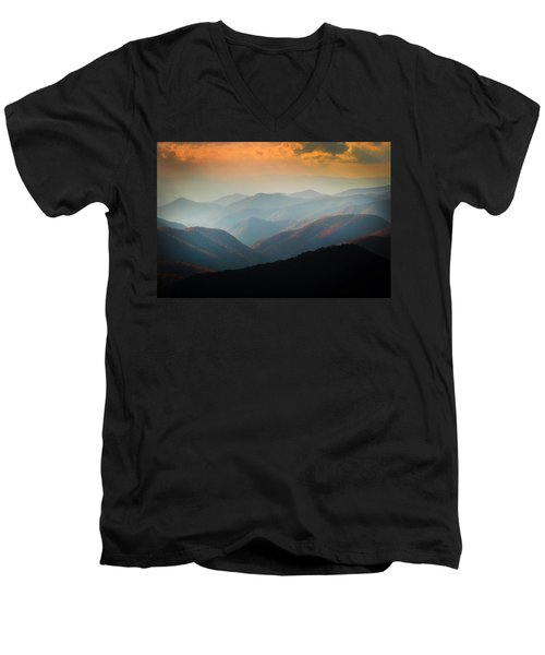 Fall Foliage Ridgelines Great Smoky Mountains Painted  Men's V-Neck T-Shirt