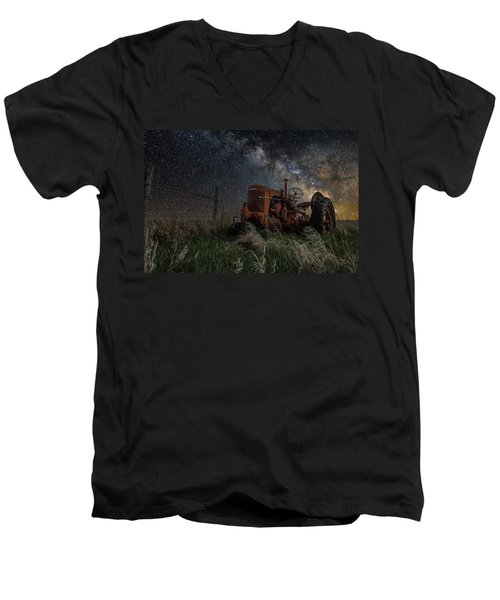 Farming The Rift Men's V-Neck T-Shirt
