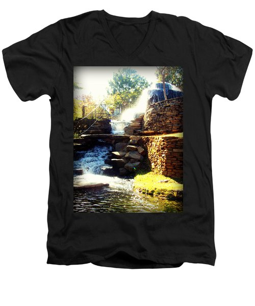 Finlay Park Fountain Men's V-Neck T-Shirt
