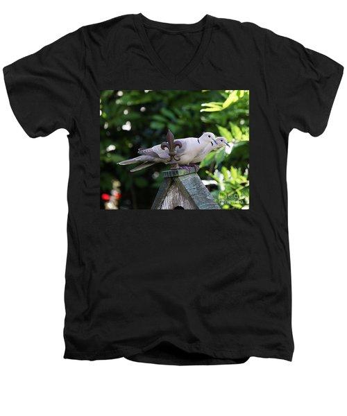 Fleur De Lis Dove Love Men's V-Neck T-Shirt
