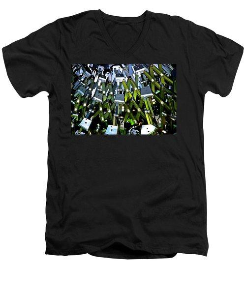Flex 2 Men's V-Neck T-Shirt