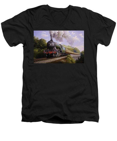 Flying Scotsman On Broadsands Viaduct. Men's V-Neck T-Shirt
