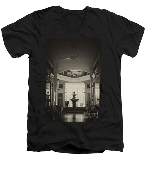Fountain In The Light Men's V-Neck T-Shirt