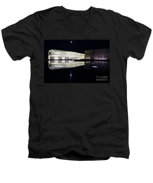 Full Moon Over Nelson Atkins Museum In Kansas City Men's V-Neck T-Shirt