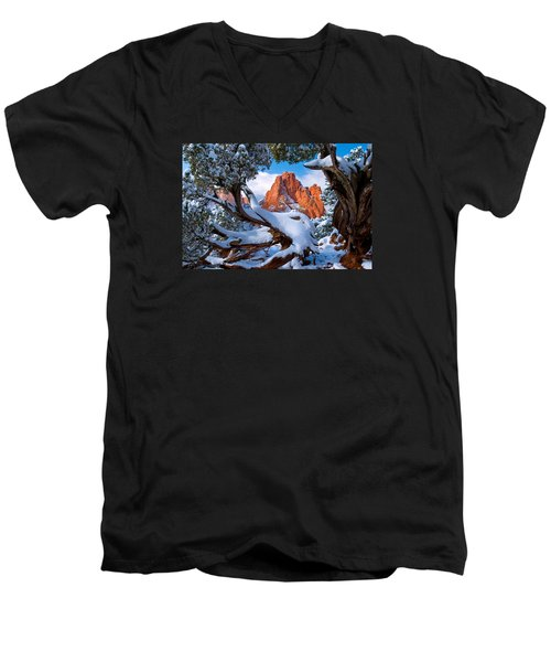 Garden Of The Gods Framed By Juniper Trees Men's V-Neck T-Shirt