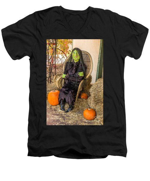 Give Me A Kiss Men's V-Neck T-Shirt