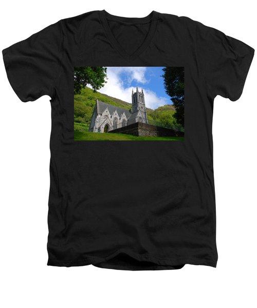 Gothic Church Men's V-Neck T-Shirt