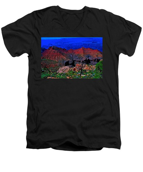 Grand Canyon Beauty Exposed Men's V-Neck T-Shirt